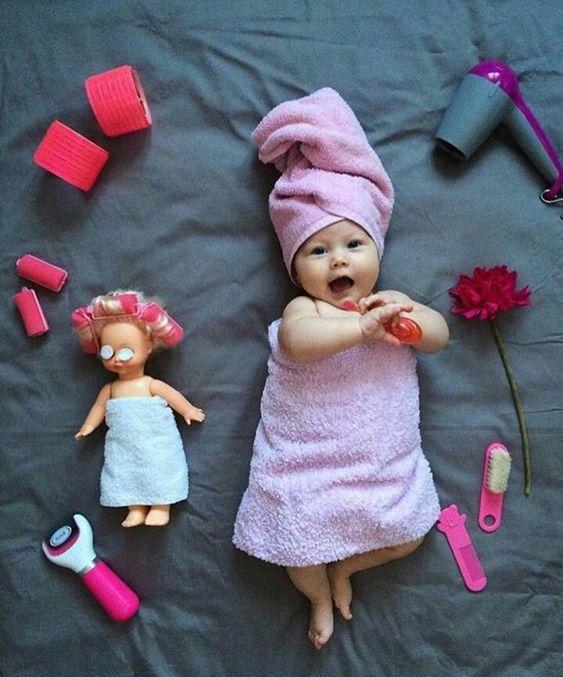 عکس نوزاد دختر بامزه و شیرین