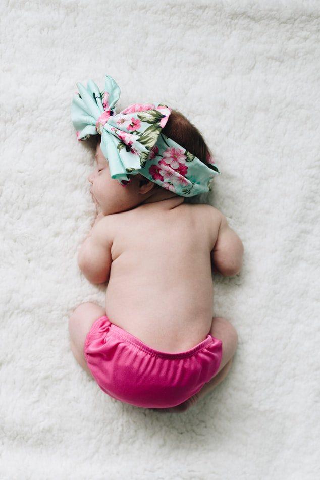 عکس نوزاد دختر زیبا و ملوس