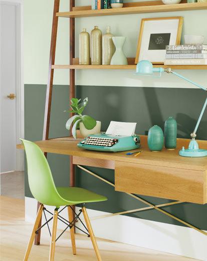 تصویری از اتاق مطالعه طراحی شده با رنگ سال 2020 : سبز روشن