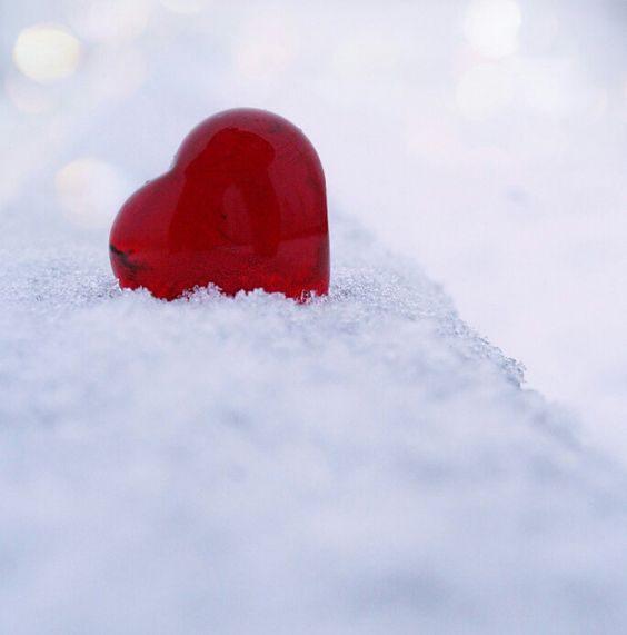 قلب روی برف