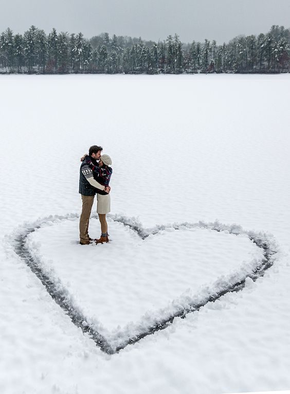 عکس قلب روی برف عاشقانه