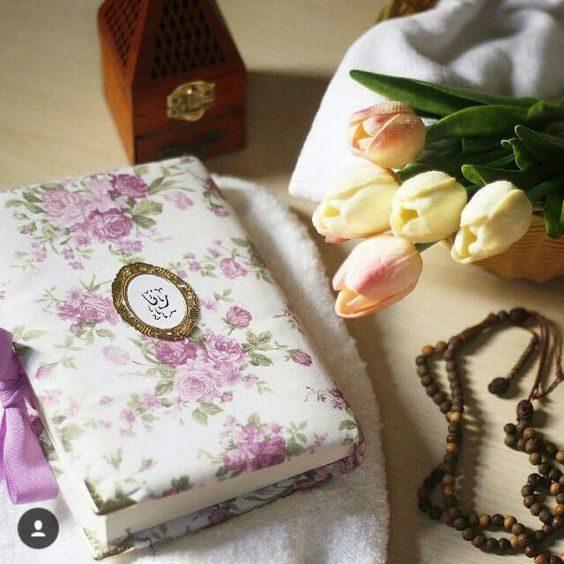 عکس قران و گل و تسبیح