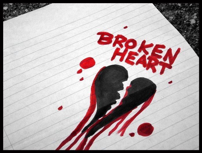 عکس قلب شکسته نقاشی با ماژیک