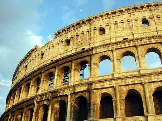 10 رویداد مهم در تاریخ جهان :Roman Colosseum