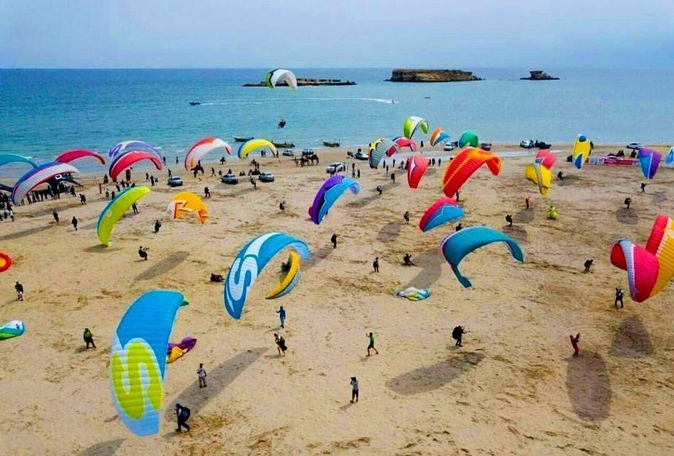 بهترین جاذبه های گردشگری دبی: ساحل کایت سواری دبی
