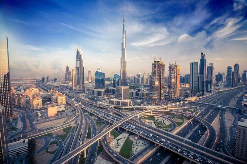 بهترین جاذبه های توریستی دبی: خیابان شیخ زید دبی