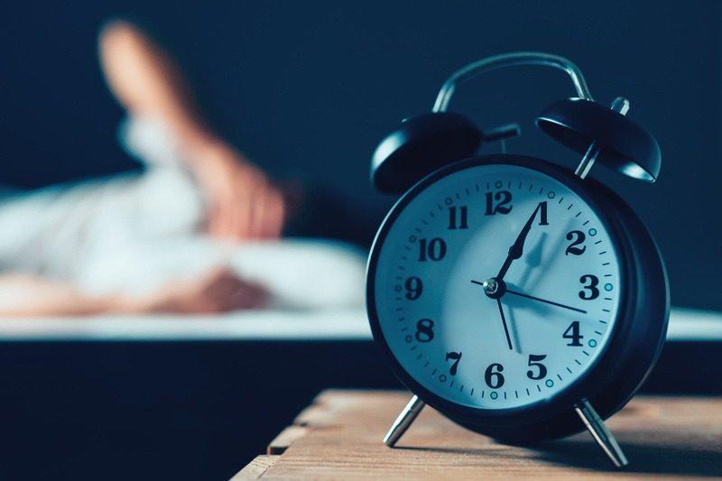 کارهایی که برای حفظ سلامت پوست نباید انجام داد: دیر خوابیدن