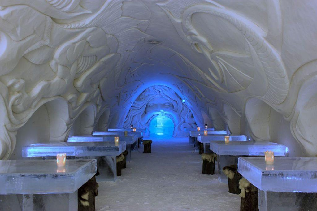 رستوران قلعه برفی در فنلاند Snow Castle Restaurant