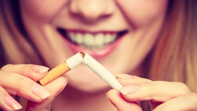 کارهایی که برای حفظ سلامت پوست نباید انجام داد: سیگار کشیدن