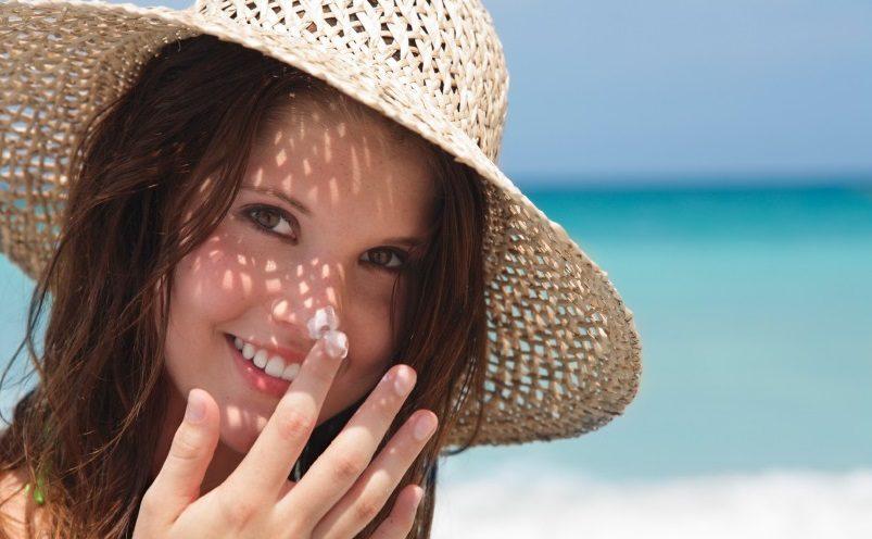 کارهایی که برای حفظ سلامت پوست نباید انجام داد: ضدآفتاب نزدن