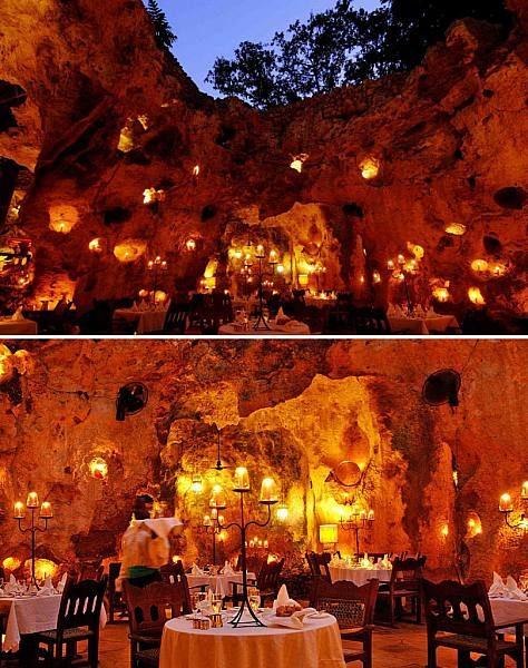رستوران غار علی باربور در کنیا (Ali Barbour's Cave Restaurant)