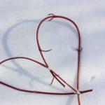 عکس قلب روی برف ها برای پروفایل