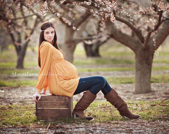 مدل ژست عکس جدید بارداری تکی در طبیعت
