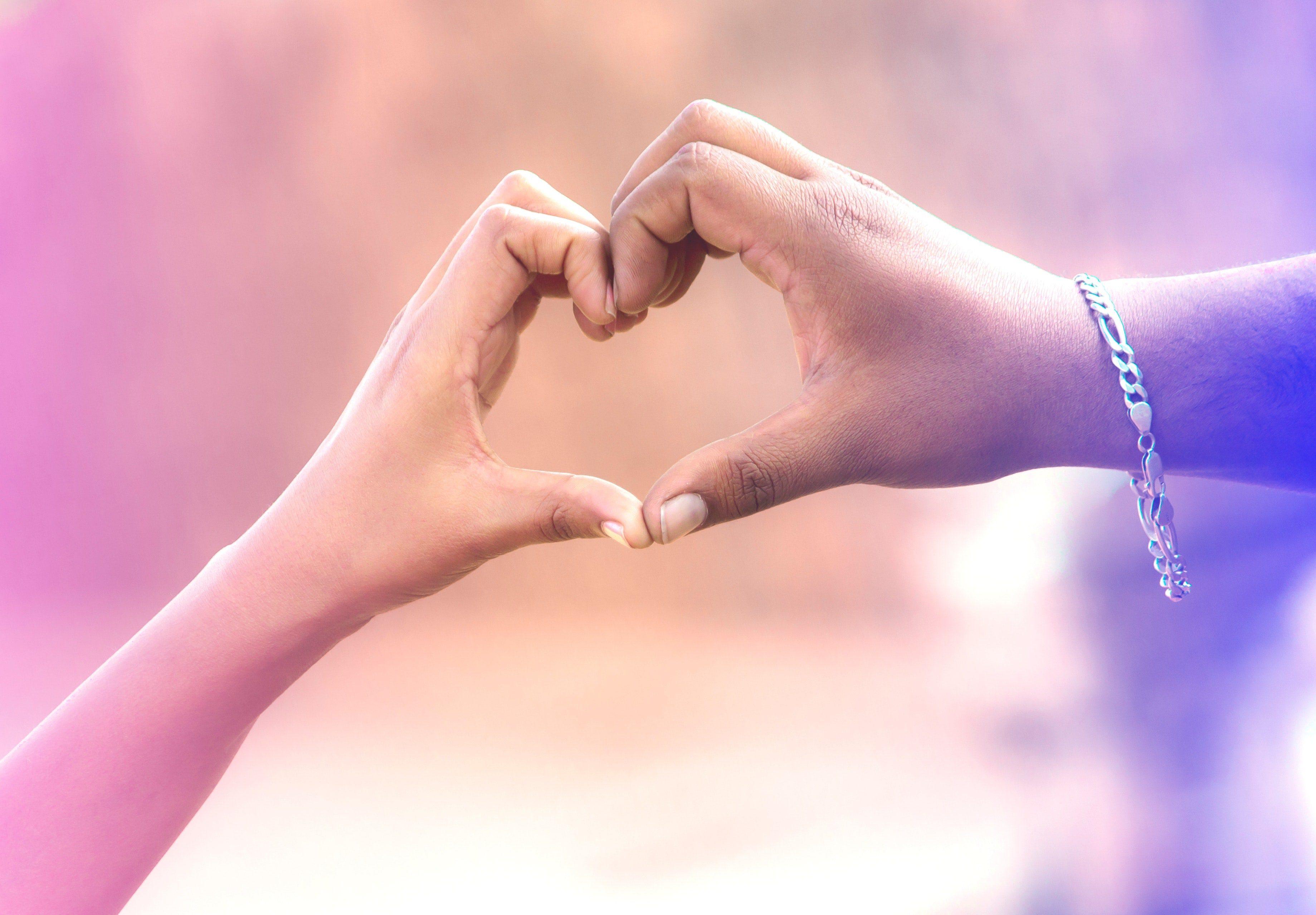 عکس رمانتیک پروفایل دست در دست