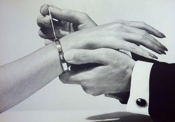 عکس پروفایل رمانتیک دست در دست