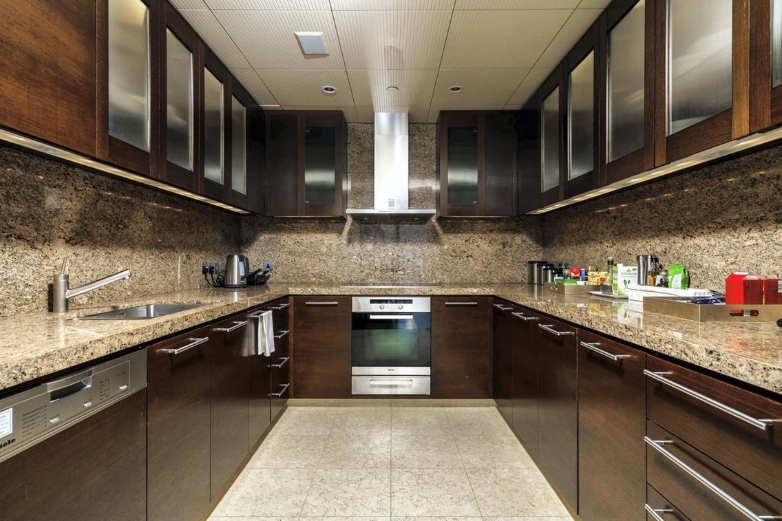 عکس داخل برج خلیفه آشپزخانه