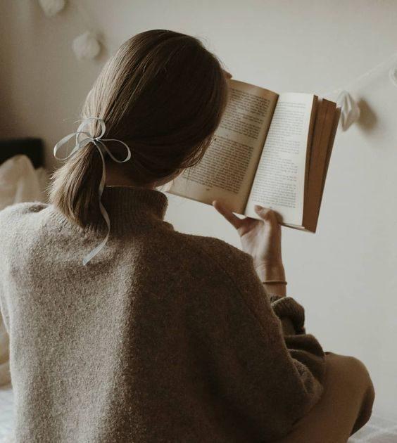 ایده عکاسی با کتاب