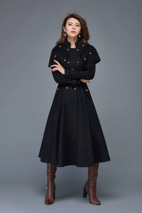 مدل پالتو زنانه با پارچه فوتر مشکی