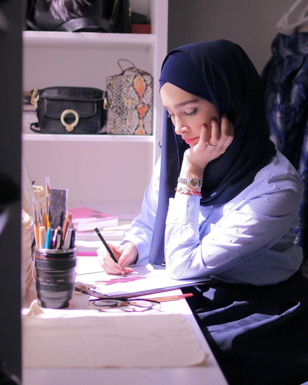 بیوگرافی سیده آناشید حسینی