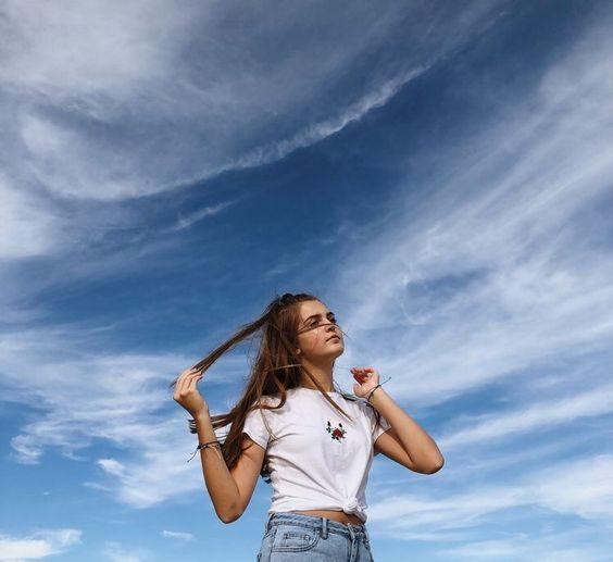 ژست عکاسی با آسمان