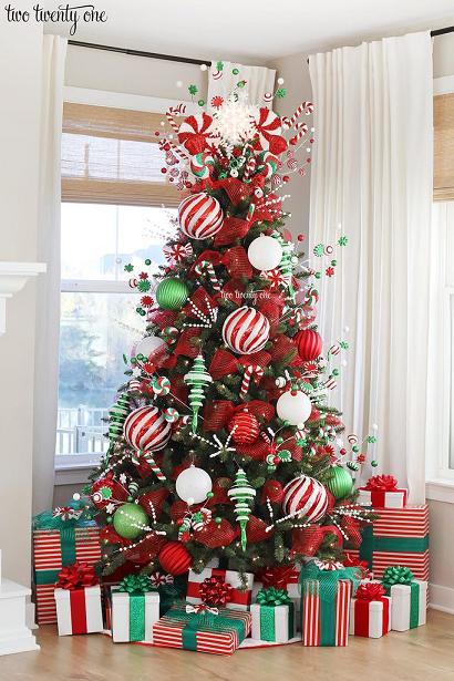 تزیین درخت کریسمس ۲۰۲۱ با وسائل ساده