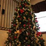 مدل ساده تزیین درخت کریسمس 2021