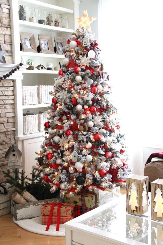 تزیین درخت کریسمس زیبا با وسایل ساده