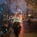 عکس برف در شب عاشقانه و زیبا