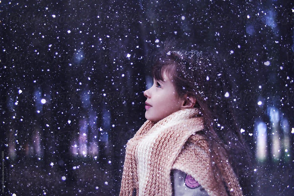 عکس برف در شب عاشقانه زیبا با کیفیت بالا