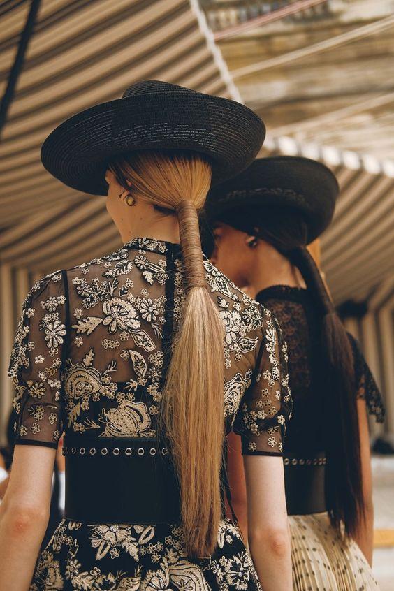 مدل بستن مو دم اسبی دخترانه