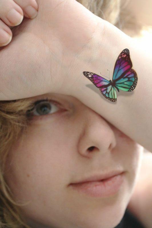عکس زیبای تاتو پروانه