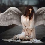 دختر با بال های فرشته