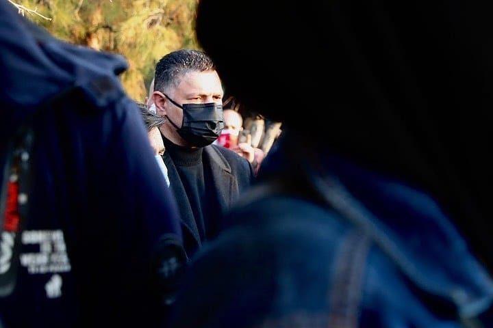 تصاویری حضور علی دایی در مراسم خاکسپاری علی انصاریان