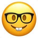 ایموجی صورت فرد درس خوان با عینک