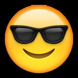 ایموجی صورت خندان با عینک آفتابی