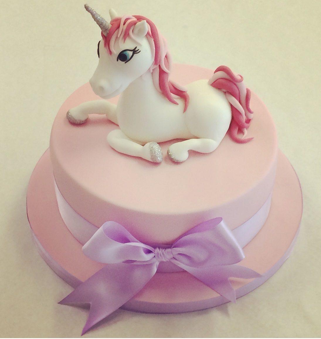 کیک تولد یونیکورن ساده