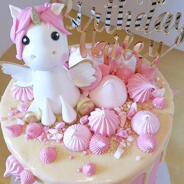 عکس کیک تولد دخترانه یونیکورن