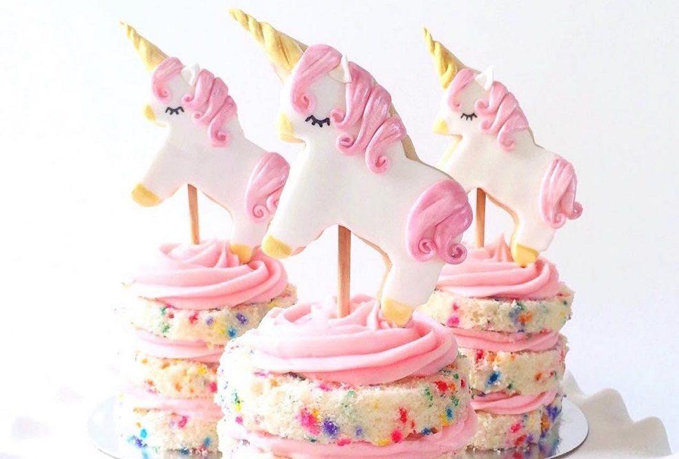 کیک تولد تم یونیکورن